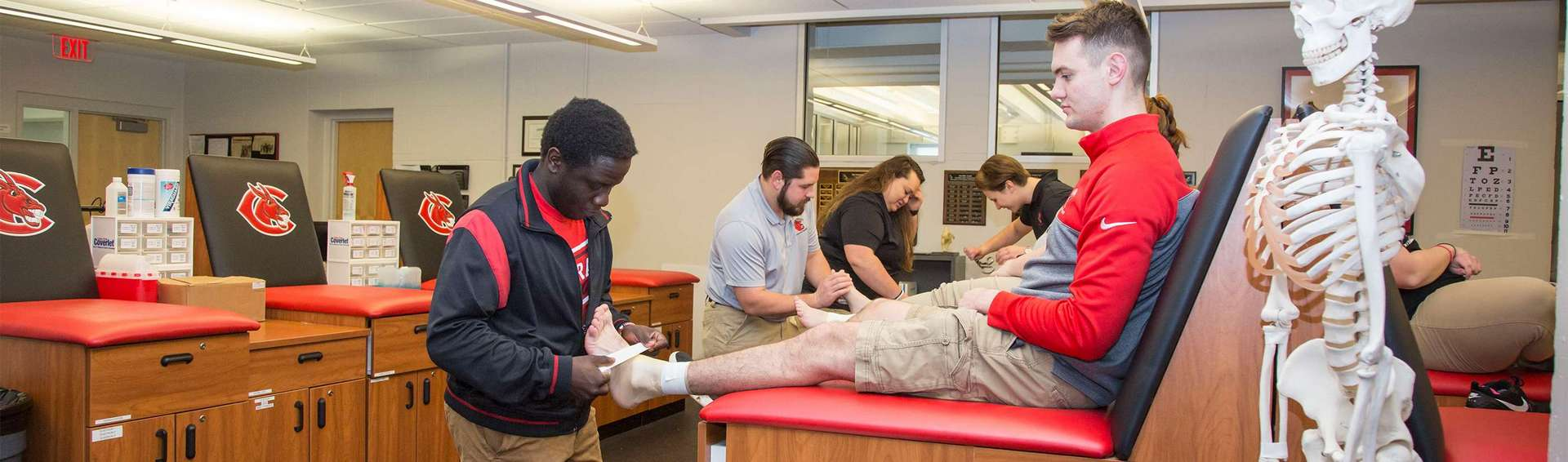 Students in athletic training labs