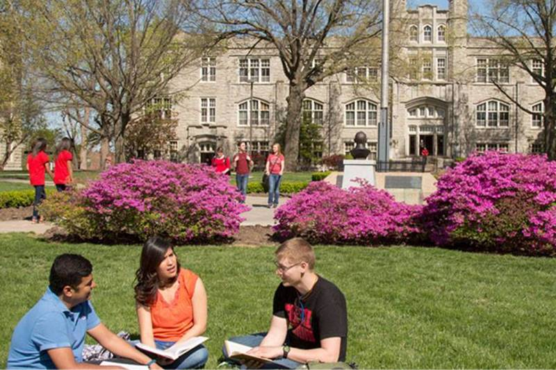 UCM Quad with Students
